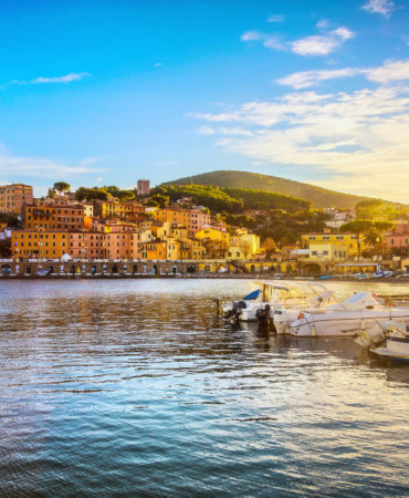 Catamaran Holidays on Elba Island